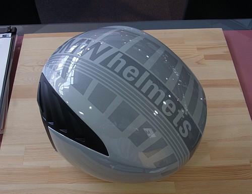 エアフロー2ヘルメット入荷しました!_e0254365_15514974.jpg