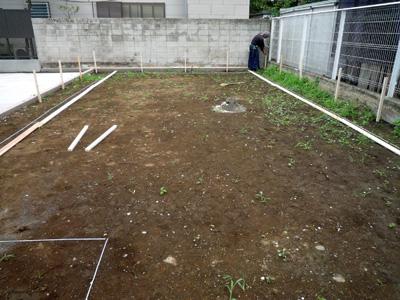 家を建てる位置を決める作業_a0148909_100438.jpg