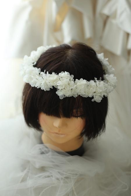 リングガール、フラワーガール用の花冠 プリザーブドのアジサイで 椿山荘東京様へ _a0042928_21572450.jpg