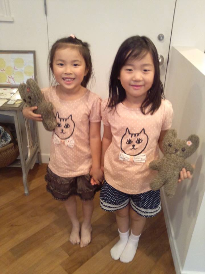 Twins!_b0195783_11264225.jpg