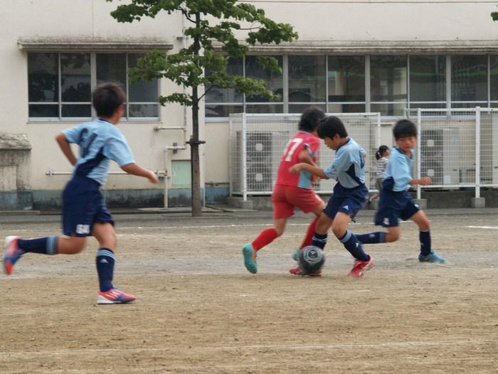 第27回保土ヶ谷区少年サッカー大会 予選リーグ LL-A/Bチーム_a0109316_0262112.jpg