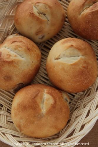 よつ葉バターミルクパウダー入り、いちじくのぷちパン!_a0165538_99410.jpg