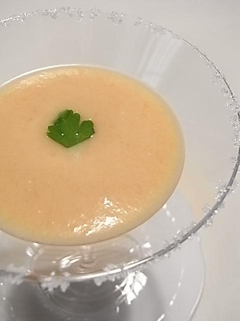 続・・・冷製白桃のスープ_b0145846_1661556.jpg