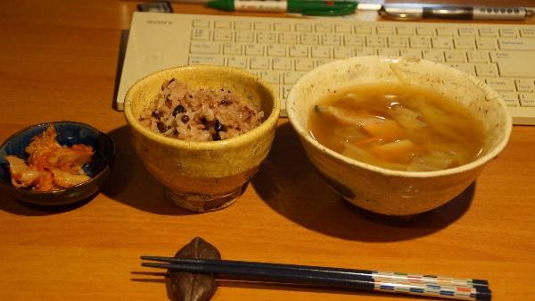夕飯は魚の味噌汁_e0166355_20432178.jpg