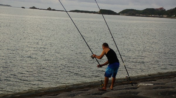 釣り人_e0166355_6104291.jpg