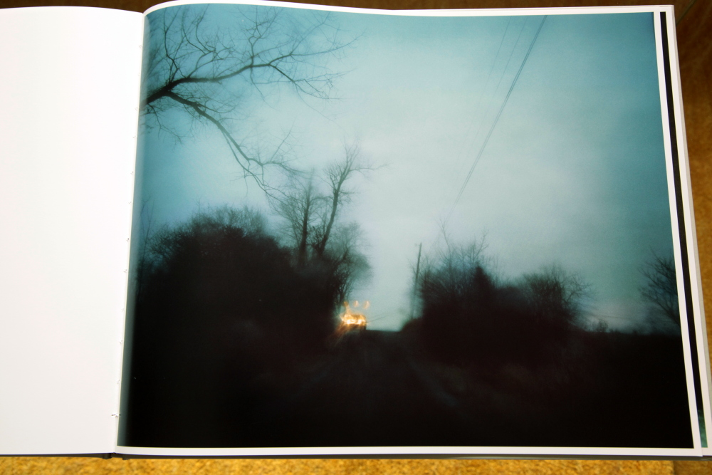 Todd Hido 「Excerpts from Silver Meadows」_c0016177_1413620.jpg