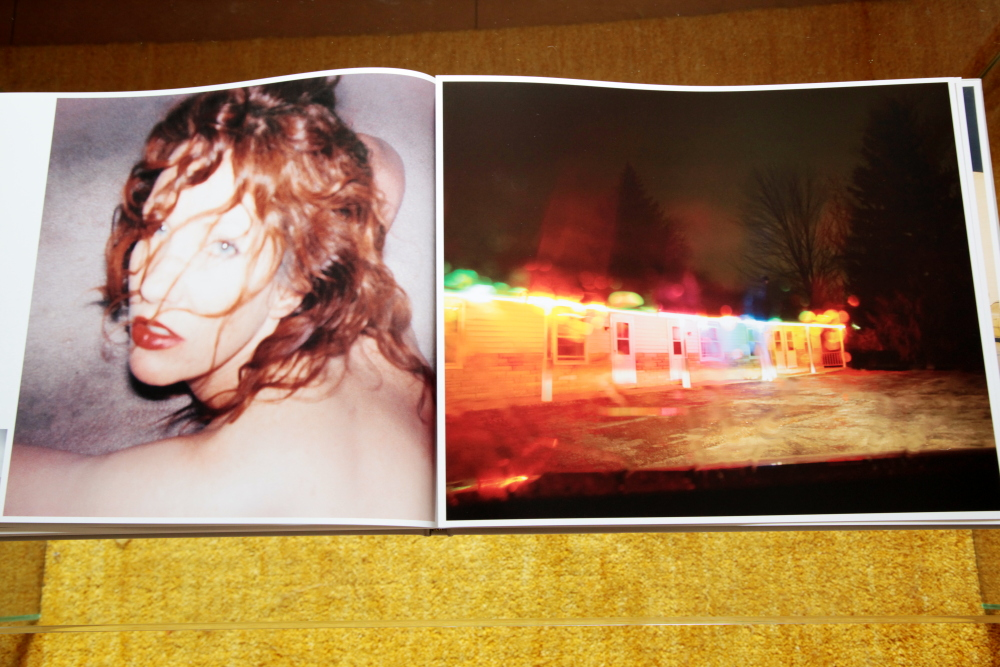 Todd Hido 「Excerpts from Silver Meadows」_c0016177_1484287.jpg