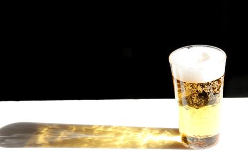 沖澤康平さんのReグラスでビール_e0205196_2345913.jpg