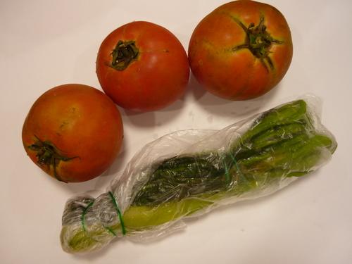 トマト、つけもの_f0206213_15435210.jpg