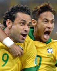 ネイマールの「シミュレーション劇場」:これが「南米ブラジルの笛」というやつさ!_e0171614_18153467.jpg