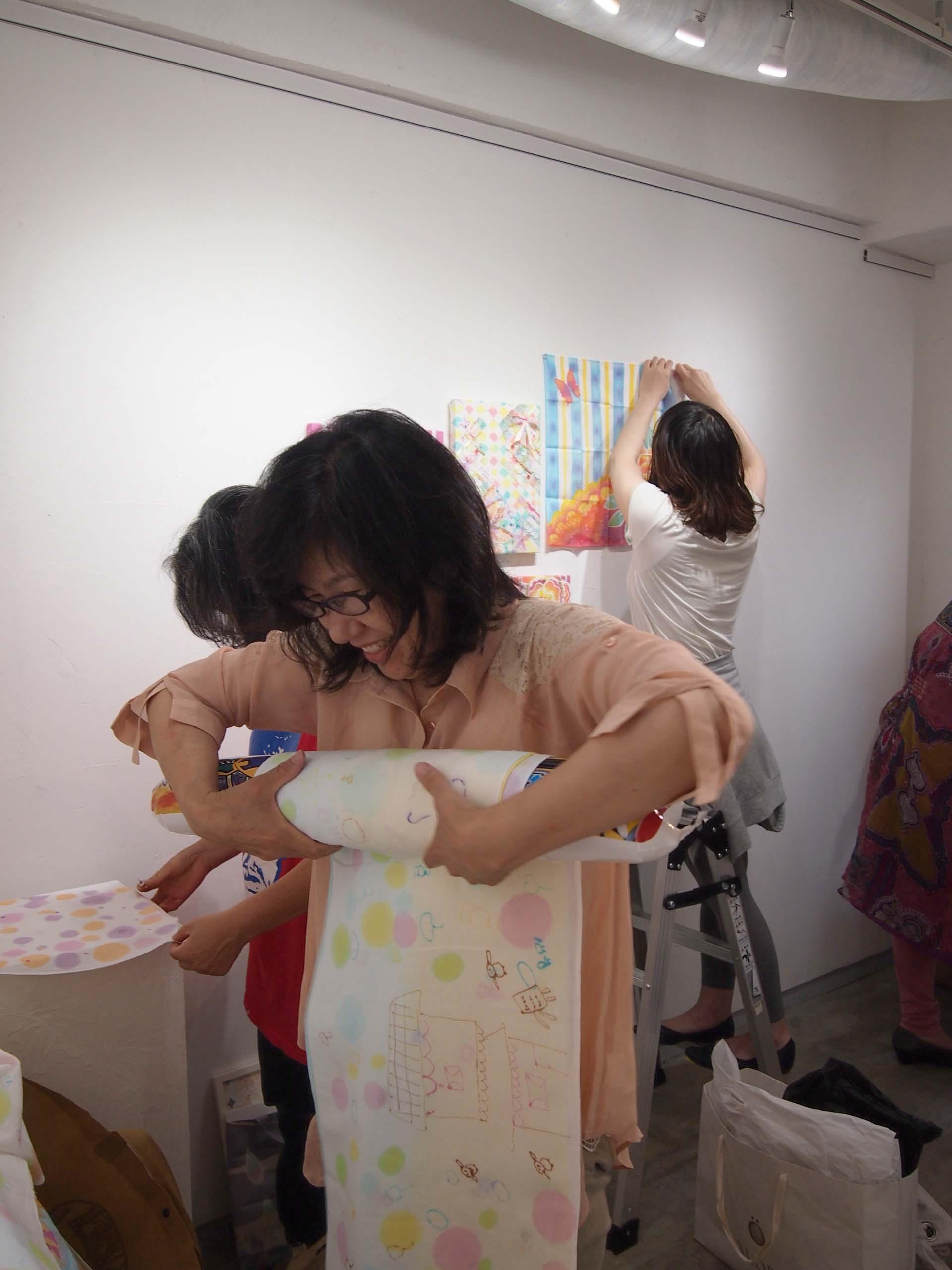 染めモノ女子たちの初夏展@搬入_e0272050_19592368.jpg