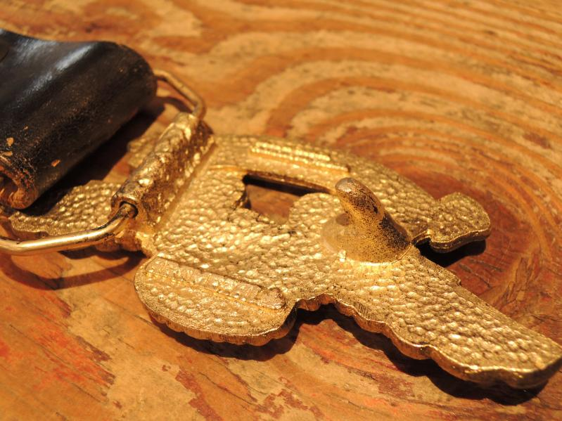 LEATHER BELT & BUCKLE--RECOMMEND--_c0176867_12571884.jpg