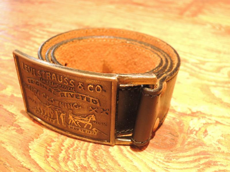 LEATHER BELT & BUCKLE--RECOMMEND--_c0176867_13194035.jpg