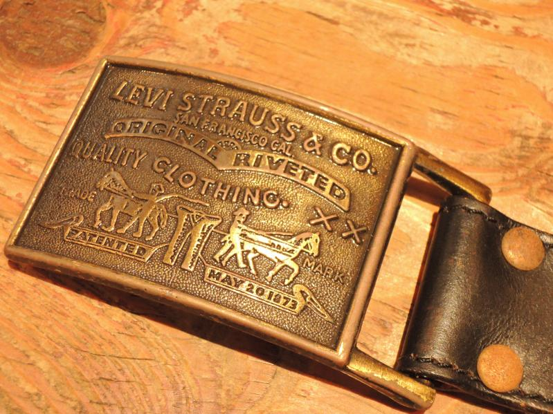 LEATHER BELT & BUCKLE--RECOMMEND--_c0176867_131944100.jpg