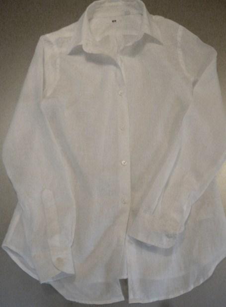 夏のヘビロテ・アイテム・・・リネンの白シャツ_b0210699_0142082.jpg