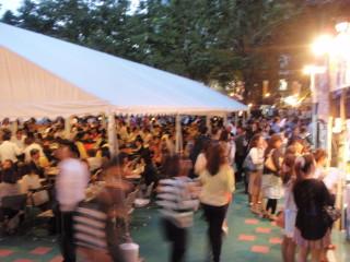 けやき広場 春のビール祭り_a0023246_23254348.jpg