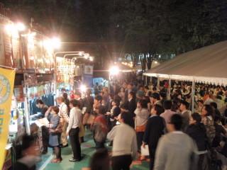 けやき広場 春のビール祭り_a0023246_23254716.jpg