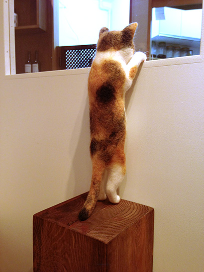 バンナイさんと猫ラボさんの二人展_a0028451_19415350.jpg
