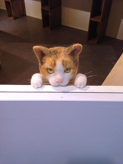 バンナイさんと猫ラボさんの二人展_a0028451_19422817.jpg