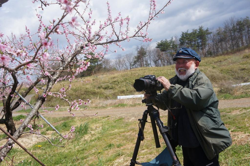 福島日記@ベルリンVol.3 桃の花とお好み焼き!_c0180686_22113553.jpg