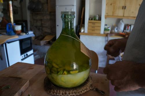 胡桃のお酒アマーロの作り方_f0106597_20303178.jpg