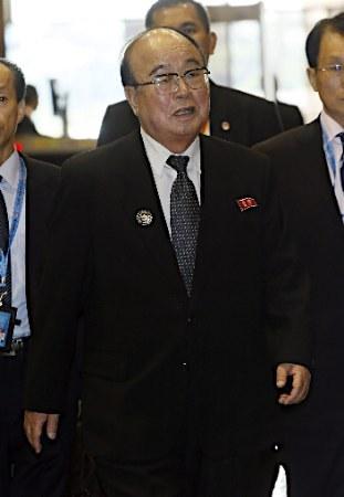 時事放談:北朝鮮外交官、ケリー米国務長官の演説時に「ションベンタイム」!??_e0171614_1334568.jpg