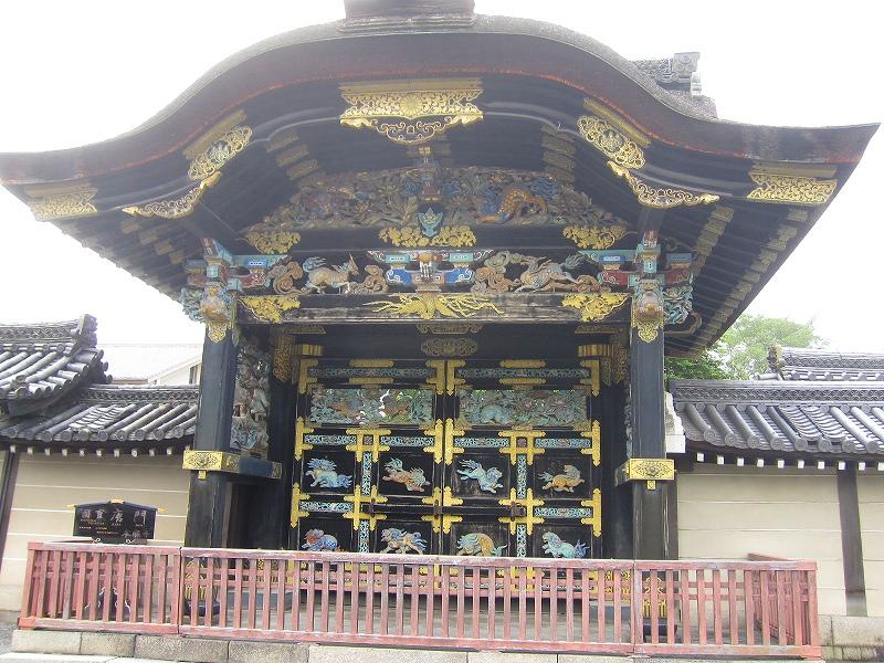 堂々たる構えの【西本願寺】には歴史がある_e0237645_2339961.jpg
