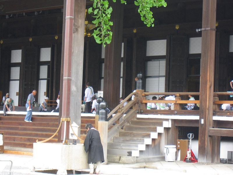堂々たる構えの【西本願寺】には歴史がある_e0237645_2340486.jpg