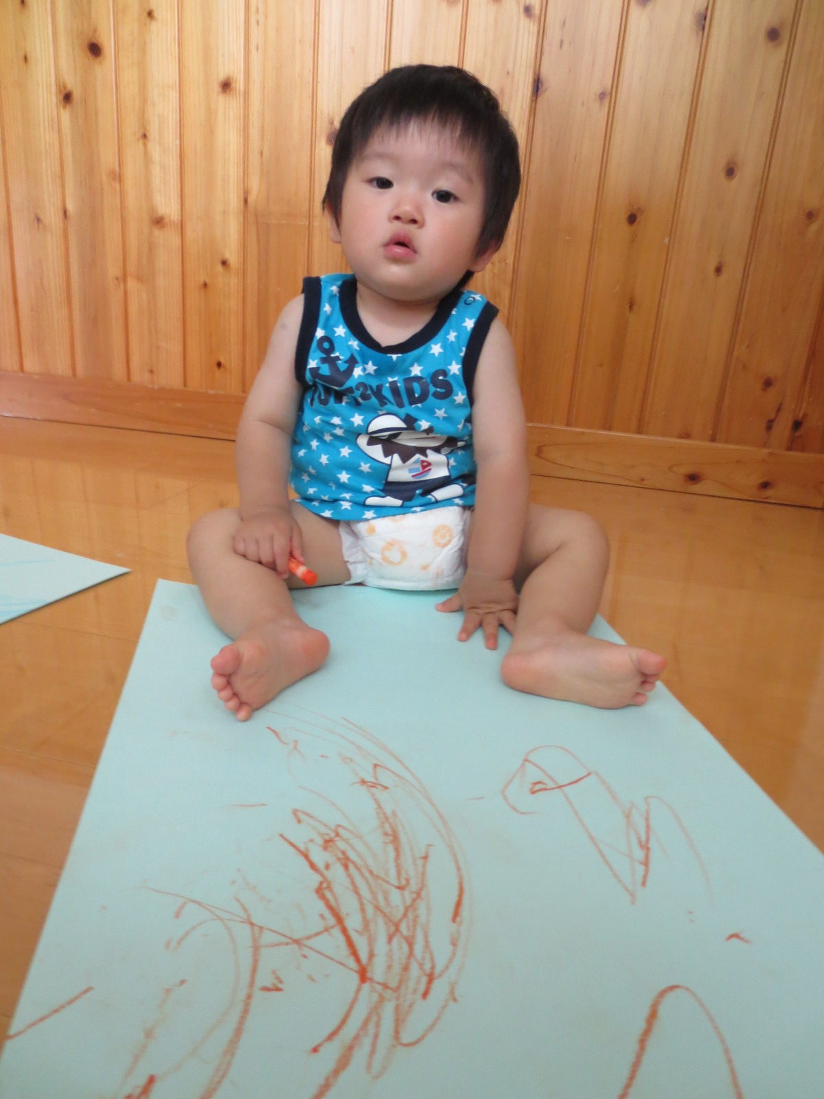初めてのお絵描き★☆_a0180348_17103398.jpg