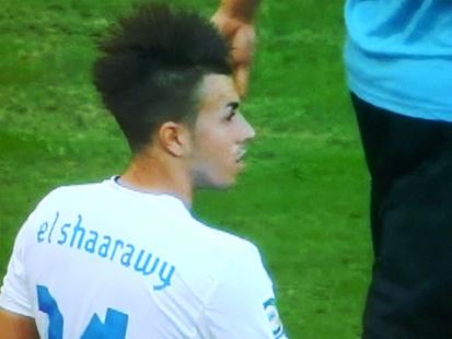 サッカー選手の髪型_e0077899_8142059.jpg