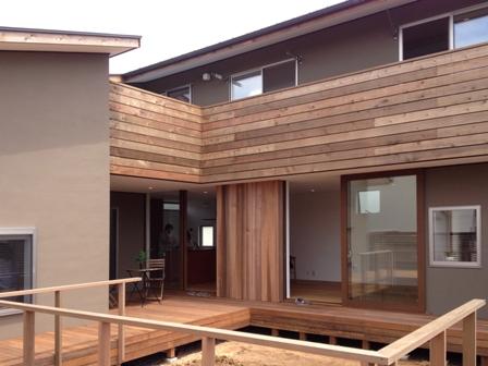 「丘に建つ回遊ウッドデッキの家」web内覧-LDK編-_f0170331_17482439.jpg