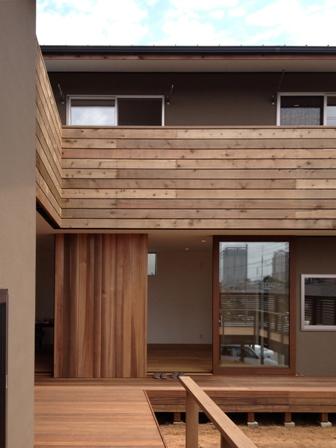 「丘に建つ回遊ウッドデッキの家」web内覧-LDK編-_f0170331_17483820.jpg