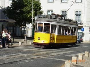 Portugal リスボン市内散策_e0195766_204320.jpg