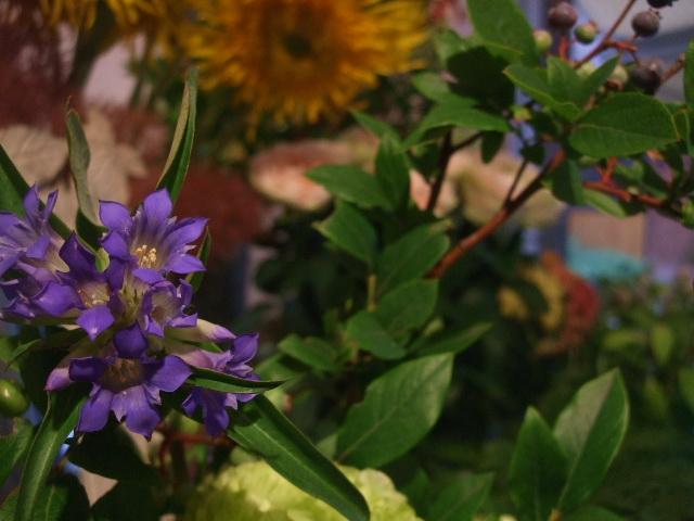 オークリーフ花の教室(北条さんの作品)_f0049672_16231318.jpg