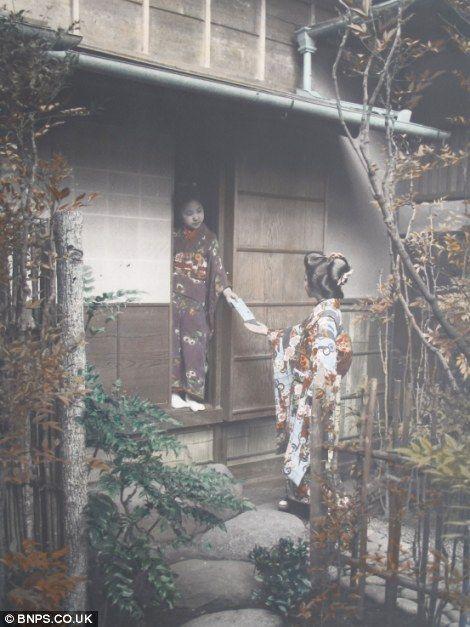 クール・ジャパン:英国で100年以上前の日本の写真発見!_e0171614_14464174.jpg
