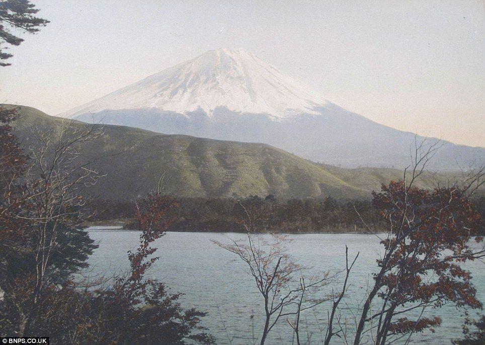 クール・ジャパン:英国で100年以上前の日本の写真発見!_e0171614_14483491.jpg