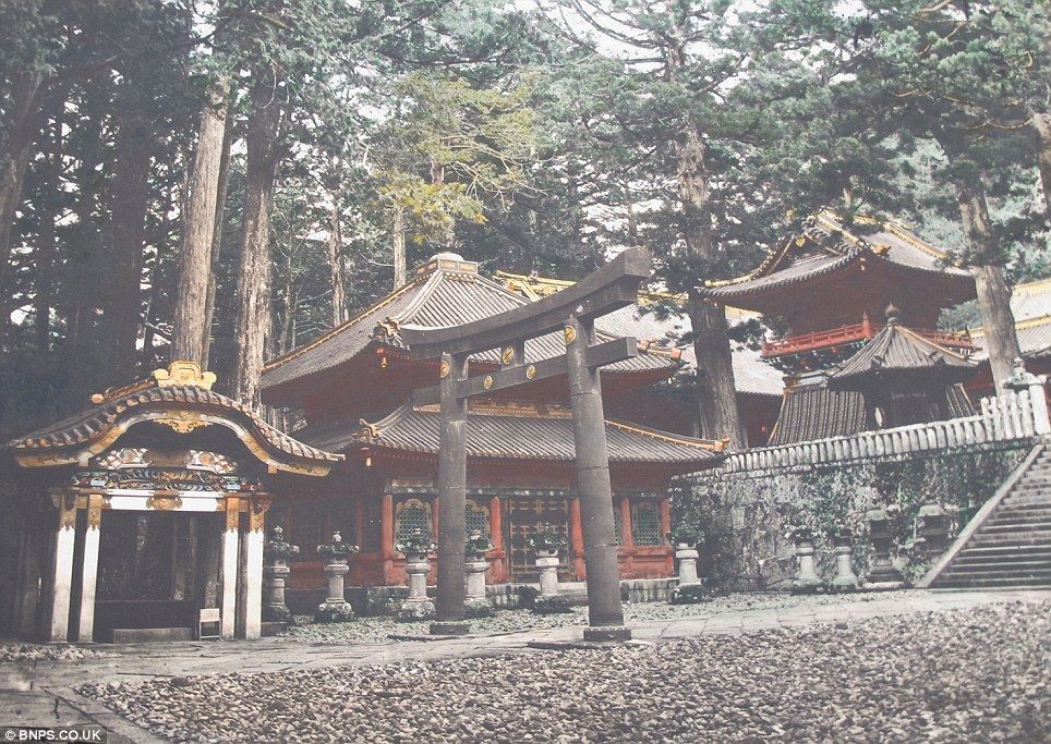 クール・ジャパン:英国で100年以上前の日本の写真発見!_e0171614_1448392.jpg
