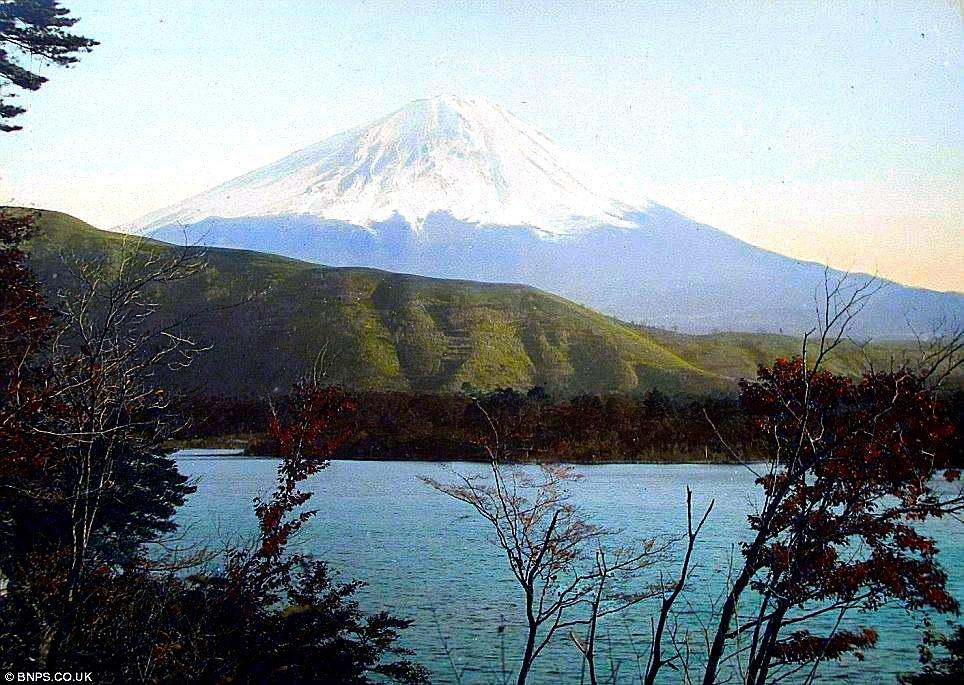 クール・ジャパン:英国で100年以上前の日本の写真発見!_e0171614_1512147.jpg
