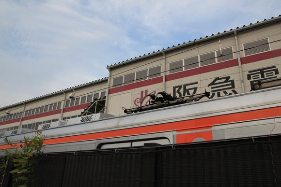 阪急正雀レポ 堺筋線66系 66602 アルナ車両から出場_d0202264_19564054.jpg