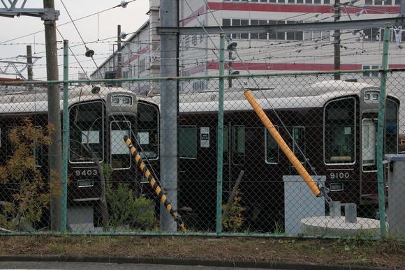 阪急正雀レポ 堺筋線66系 66602 アルナ車両から出場_d0202264_19584093.jpg