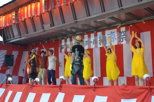 今年も参加しますよ!ヨシモトポール納涼祭!!_b0068169_93063.jpg