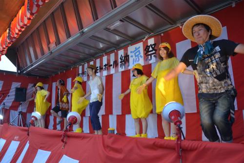 今年も参加しますよ!ヨシモトポール納涼祭!!_b0068169_9341965.jpg