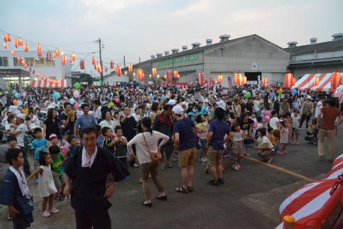 今年も参加しますよ!ヨシモトポール納涼祭!!_b0068169_934420.jpg