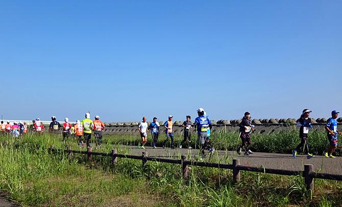 2013.06.30 サロマ湖100kmウルトラマラソン Vol.02(START-60km)_c0025895_3363462.jpg