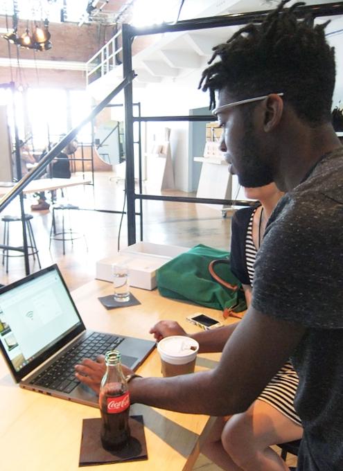 ついにNY「特別受け取り体験」に参加してGoogle Glassを入手_b0007805_1246428.jpg