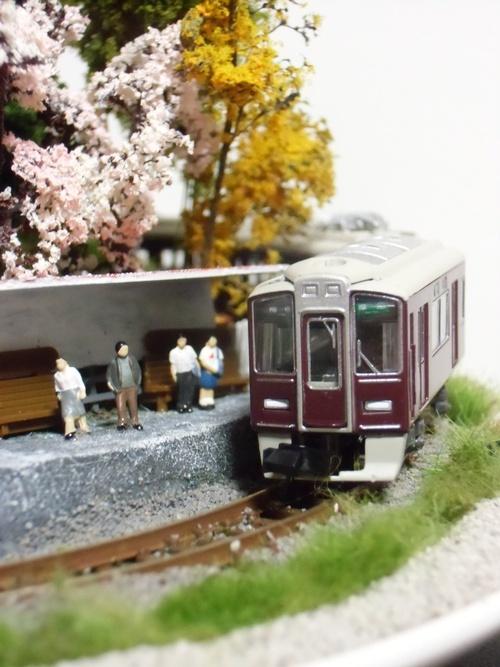 盆ラマ新作「桜と阪急電車」_f0227828_22114534.jpg