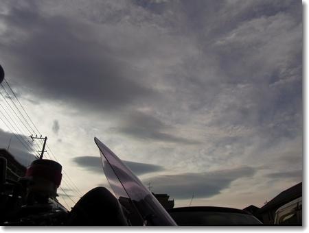 強風と猛暑。ヨシムラ・ツーブレ8耐直前SP_c0147448_15211676.jpg