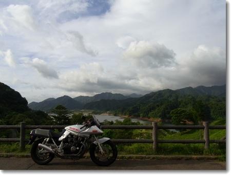 強風と猛暑。ヨシムラ・ツーブレ8耐直前SP_c0147448_15351510.jpg