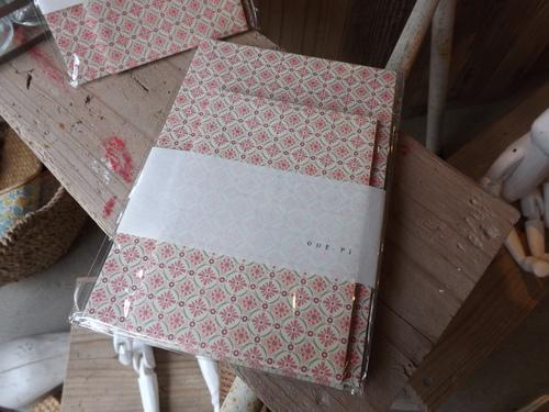 新商品が入荷しました。_d0237564_1436567.jpg