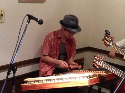 ダルシマー&ギター・ブズーキ&チェロ_d0225380_230811.jpg